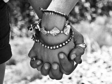 Nadine sucht das Glück: Glück ist Verbundenheit