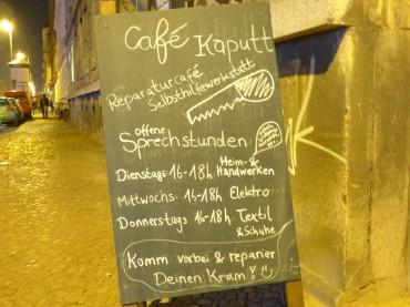 Wie ihr eure Lieblingsstücke vor der Mülltonne bewahren könnt: Ein Besuch im Leipziger Café kaputt