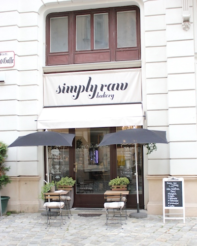 simply raw bakery in Wien