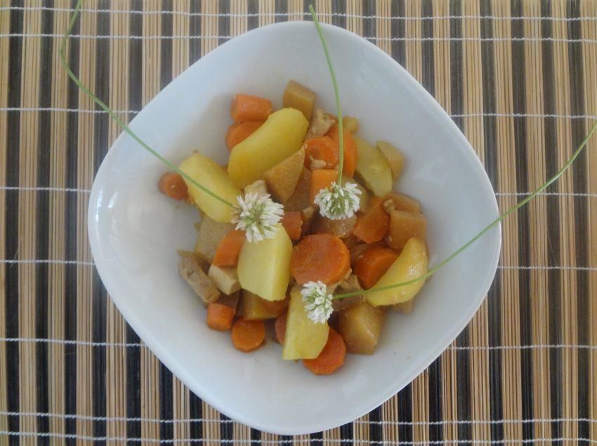 Schnelle, vegane Rezepte zur Vorratsverwertung: Die Gemüsepfanne