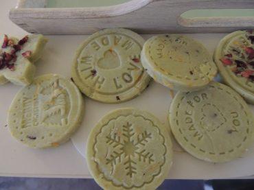 Xmas DIY: Weihnachtliche Seifenkekse