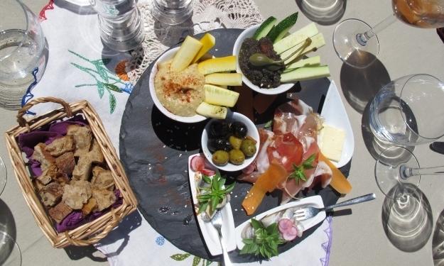 Köstliches zur Einstimmung, Foto: Doris