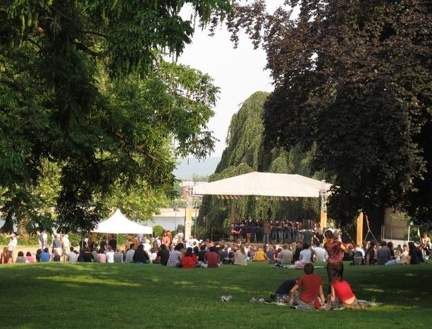 Was die Bonner im Sommer tun? Das Leben am Rhein und im Grün genießen, was sonst?! Foto: Doris