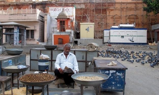 """Jeder hat """"seines"""": Indien ist voller Unternehmer. Foto: Doris"""